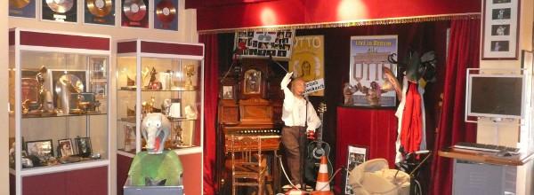 """""""Dat Otto Huus"""" in Emden - der lustigste unter allen Ostfriesland Tipps"""