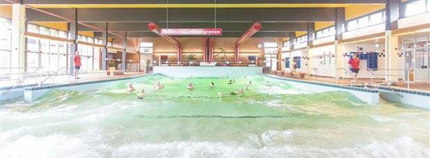 Meerwasserhallenwellenbad_Hooksiel_Ostfriesland